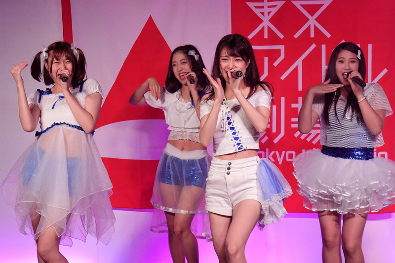 Images : 1番目の画像 - 「G-COMPLEx/大成功ワンマンの翌日、東京アイドル劇場に出演。現場が狂熱のダンスフロアと化す!」のアルバム - Stereo Sound ONLINE
