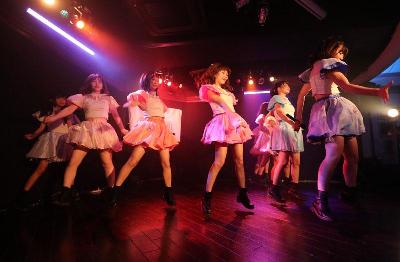 Images : 10番目の画像 - 「dela/ミスマガジングランプリ受賞者・沢口愛華を含む名古屋の人気アイドル・グループが、定例東京公演を開催。切れ味鋭いダンス、多彩な楽曲でファンを魅了」のアルバム - Stereo Sound ONLINE