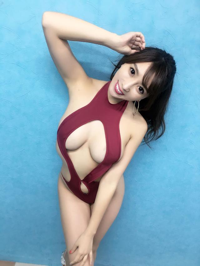 画像: 森咲智美の最新イメージDVDが、「エロすぎる!」と、連日完売御礼!