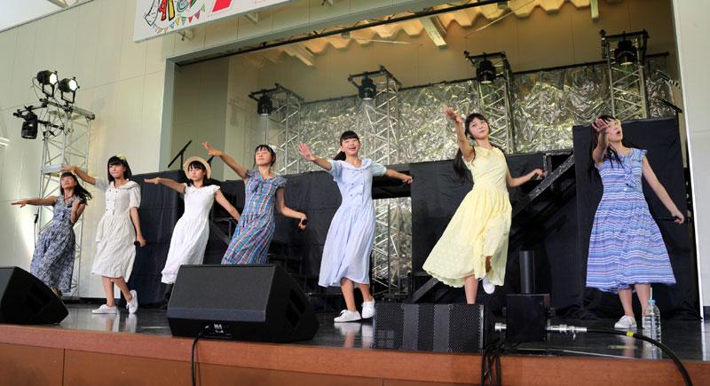 Images : 16番目の画像 - 「ハコイリ・ムスメ/ノタFES2018に推参! 各種夏フェスで鍛え上げた見事な美声とダンスパフォーマンスで大盛り上がりのステージを構築」のアルバム - Stereo Sound ONLINE