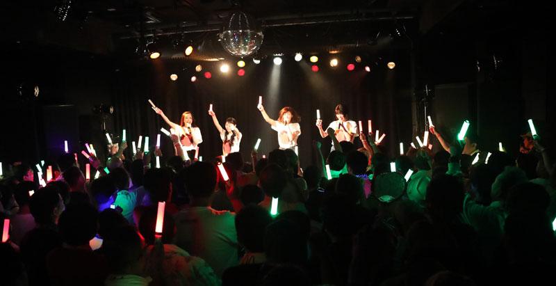 Images : 1番目の画像 - 「りんご娘/青森県を拠点に活動する要注目グループが、初の東京ワンマンを盛大に開催。ハイレベルな楽曲と笑顔満載のパフォーマンスで、超満員のオーディエンスを魅了」のアルバム - Stereo Sound ONLINE