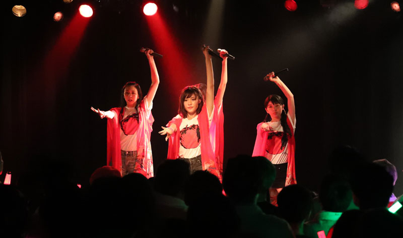 Images : 21番目の画像 - 「りんご娘/青森県を拠点に活動する要注目グループが、初の東京ワンマンを盛大に開催。ハイレベルな楽曲と笑顔満載のパフォーマンスで、超満員のオーディエンスを魅了」のアルバム - Stereo Sound ONLINE