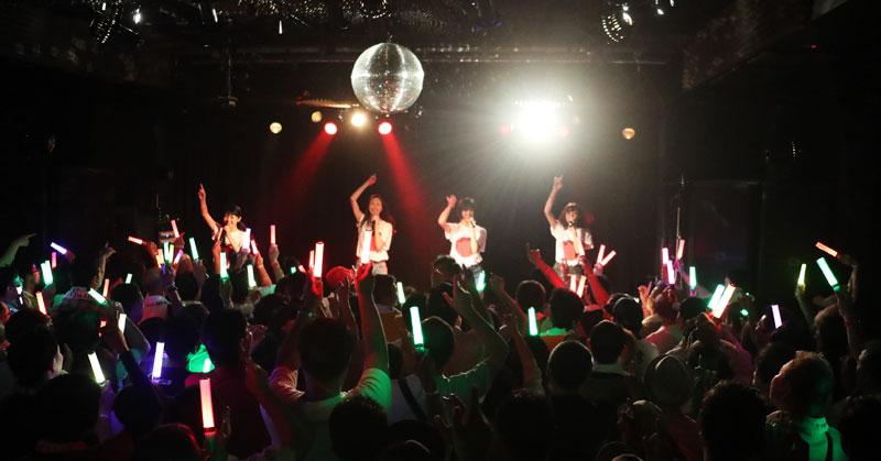 Images : 13番目の画像 - 「りんご娘/青森県を拠点に活動する要注目グループが、初の東京ワンマンを盛大に開催。ハイレベルな楽曲と笑顔満載のパフォーマンスで、超満員のオーディエンスを魅了」のアルバム - Stereo Sound ONLINE