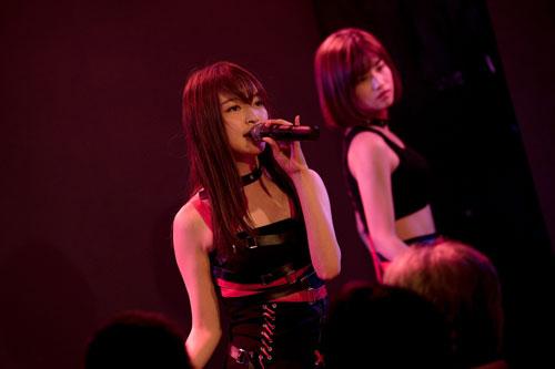 """画像 : 8番目の画像 - 「TPDのユニット""""赤の流星""""、ワンマンライブで新曲披露! 待望の1stアルバム『Perfect Doll』はノンストップMIX!」のアルバム - Stereo Sound ONLINE"""
