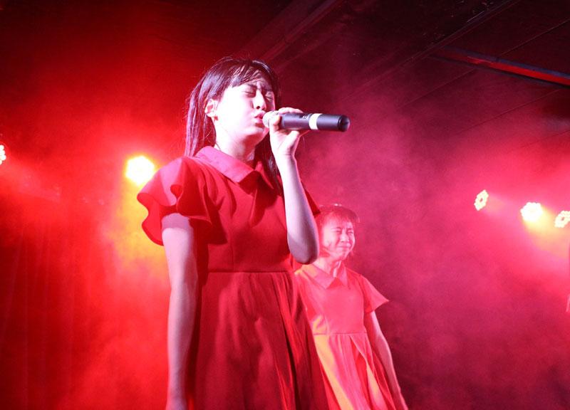 Images : 19番目の画像 - 「九州女子翼/カオスと化した筑田フェスで、結成一年目前の熱いパフォーマンスを披露。3連休は1カ月ぶりの東京遠征を実施」のアルバム - Stereo Sound ONLINE