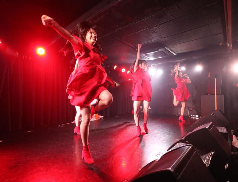 Images : 3番目の画像 - 「九州女子翼/カオスと化した筑田フェスで、結成一年目前の熱いパフォーマンスを披露。3連休は1カ月ぶりの東京遠征を実施」のアルバム - Stereo Sound ONLINE