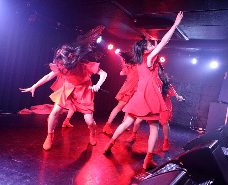 Images : 14番目の画像 - 「九州女子翼/カオスと化した筑田フェスで、結成一年目前の熱いパフォーマンスを披露。3連休は1カ月ぶりの東京遠征を実施」のアルバム - Stereo Sound ONLINE