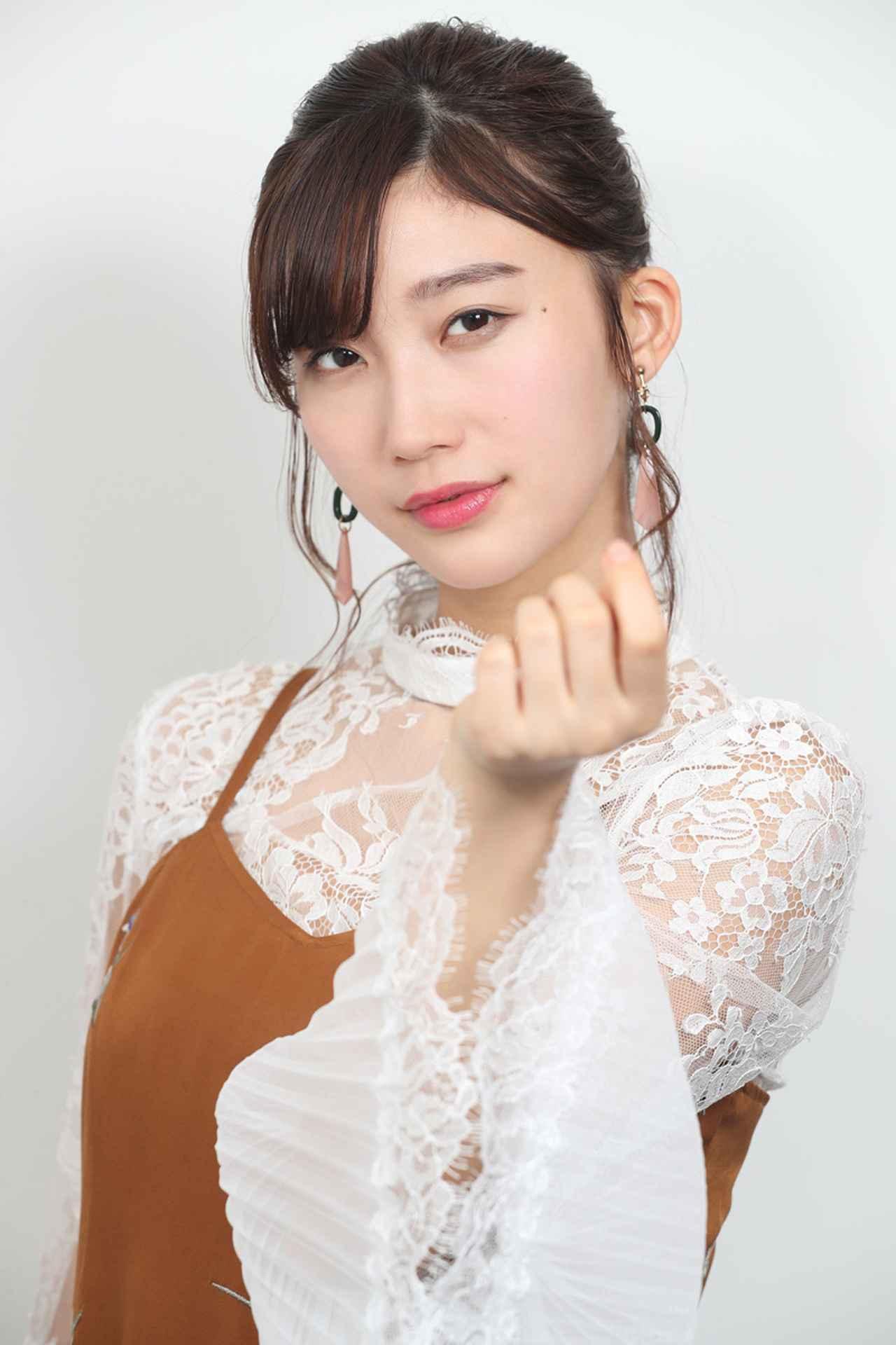 画像7: 小倉優香/初めて挑んだ本格アクションの成果を観てほしい。初主演作『レッド・ブレイド』12/15より公開