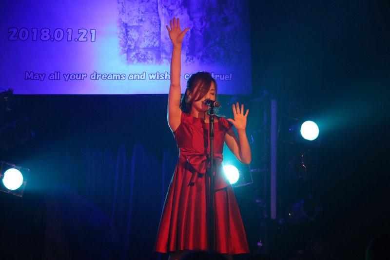 Images : 8番目の画像 - 「青木千春(WHY@DOLL)/真紅のドレスで迎えた25歳のソロ生誕で、情熱的なステージを披露」のアルバム - Stereo Sound ONLINE
