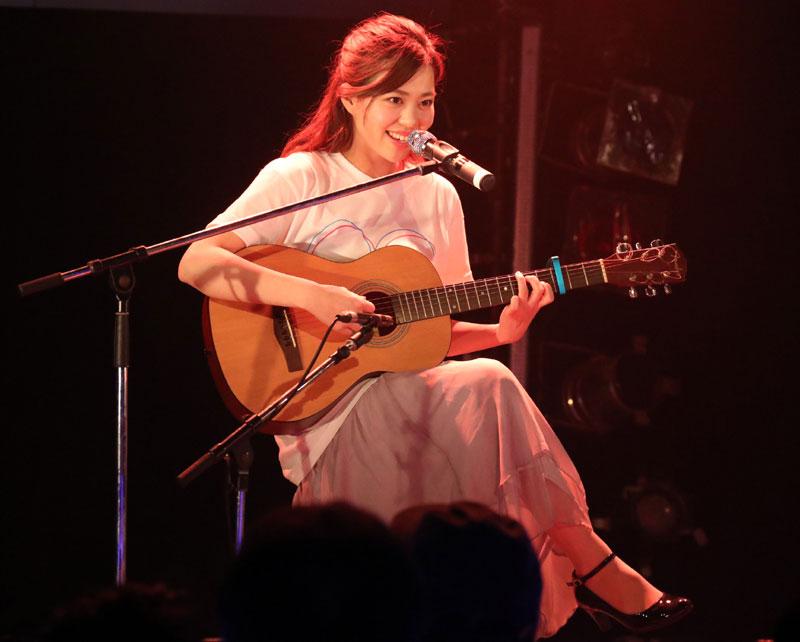 Images : 18番目の画像 - 「青木千春(WHY@DOLL)/真紅のドレスで迎えた25歳のソロ生誕で、情熱的なステージを披露」のアルバム - Stereo Sound ONLINE