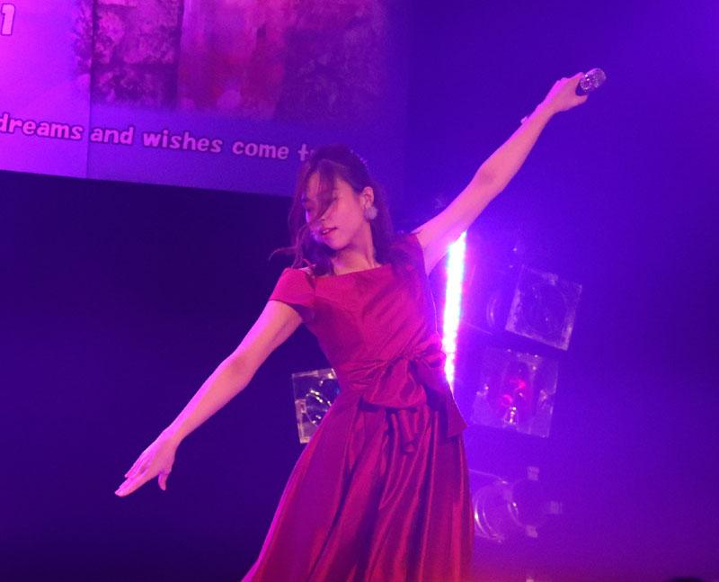 Images : 5番目の画像 - 「青木千春(WHY@DOLL)/真紅のドレスで迎えた25歳のソロ生誕で、情熱的なステージを披露」のアルバム - Stereo Sound ONLINE