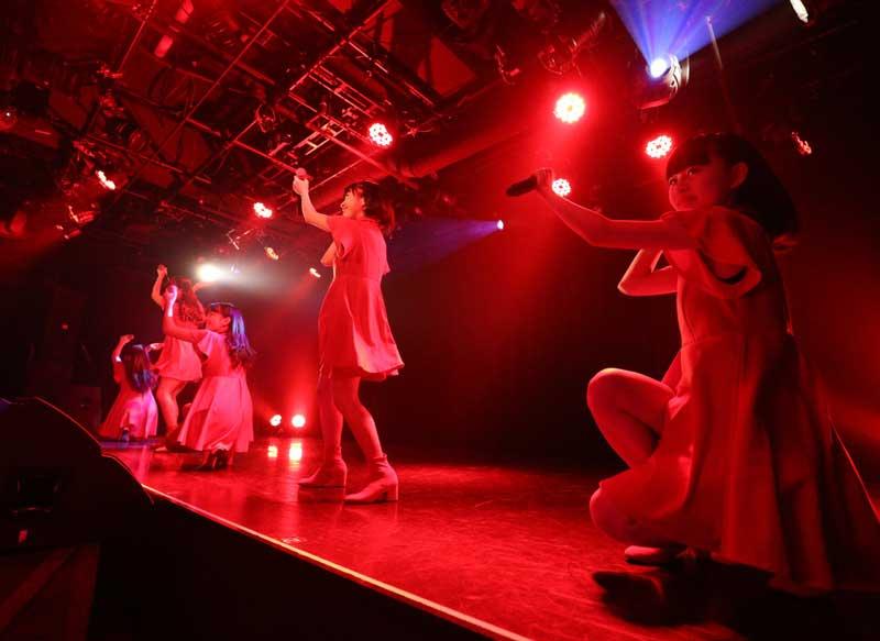 Images : 2番目の画像 - 「ハコイリ・ムスメ、九州女子翼/初の対バン(2マン)を決行! 癒と激が出会い、衝撃のステージを構築」のアルバム - Stereo Sound ONLINE