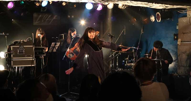 Images : 1番目の画像 - 「ミライスカートバンド/新宿ロフト開催イベントで、ついに東京初進出。4月6日には新宿MARZでワンマン公演も」のアルバム - Stereo Sound ONLINE