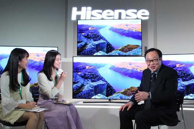 画像3: 準ミス東大、準ミス成城の現役女子大生が、ハイセンス社新商品発表会でテレビをおねだり