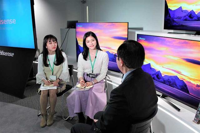画像4: 準ミス東大、準ミス成城の現役女子大生が、ハイセンス社新商品発表会でテレビをおねだり