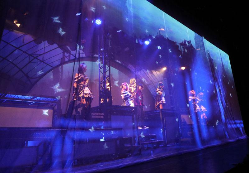 Images : 17番目の画像 - 「七木奏音、天音みほ/「舞台プロジェクト東京ドールズ」本日より開幕。新宿に召喚された9名の美女たちが未知の脅威と戦うアクションたっぷりの注目作!」のアルバム - Stereo Sound ONLINE