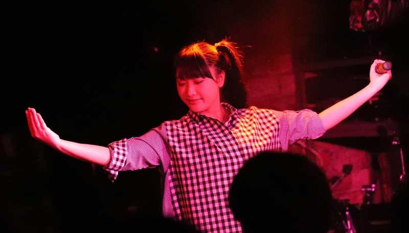 Images : 9番目の画像 - 「ミライスカート/待望のワンマンをホームでもある京都CLUB METROで開催。新曲・新衣装の披露のほかに、東京ワンマンの延長、未来フェス開催もアナウンスされた!」のアルバム - Stereo Sound ONLINE