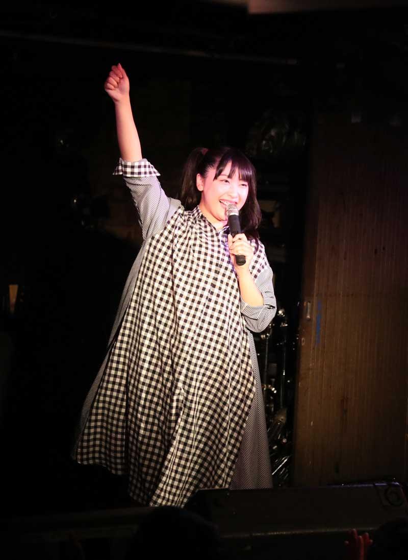 Images : 15番目の画像 - 「ミライスカート/待望のワンマンをホームでもある京都CLUB METROで開催。新曲・新衣装の披露のほかに、東京ワンマンの延長、未来フェス開催もアナウンスされた!」のアルバム - Stereo Sound ONLINE
