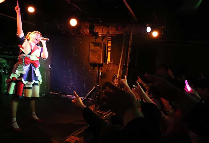 Images : 35番目の画像 - 「ミライスカート/待望のワンマンをホームでもある京都CLUB METROで開催。新曲・新衣装の披露のほかに、東京ワンマンの延長、未来フェス開催もアナウンスされた!」のアルバム - Stereo Sound ONLINE