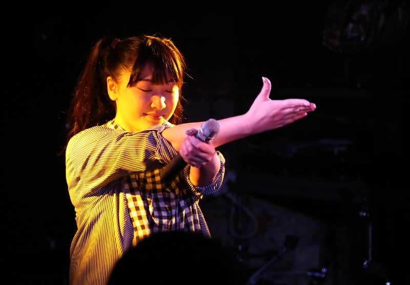 Images : 7番目の画像 - 「ミライスカート/待望のワンマンをホームでもある京都CLUB METROで開催。新曲・新衣装の披露のほかに、東京ワンマンの延長、未来フェス開催もアナウンスされた!」のアルバム - Stereo Sound ONLINE