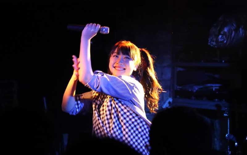 Images : 5番目の画像 - 「ミライスカート/待望のワンマンをホームでもある京都CLUB METROで開催。新曲・新衣装の披露のほかに、東京ワンマンの延長、未来フェス開催もアナウンスされた!」のアルバム - Stereo Sound ONLINE