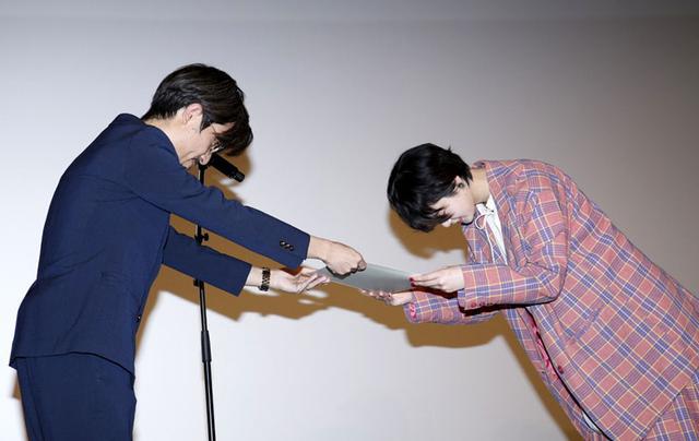 画像1: 平手友梨奈、映画初出演にして初主演を務めた『響 -HIBIKI-』のパッケージリリースイベント開催。久々のメンバー再会に『あぁー、「響 .HIBIKI-」だな』と思いました」としみじみ(平手)