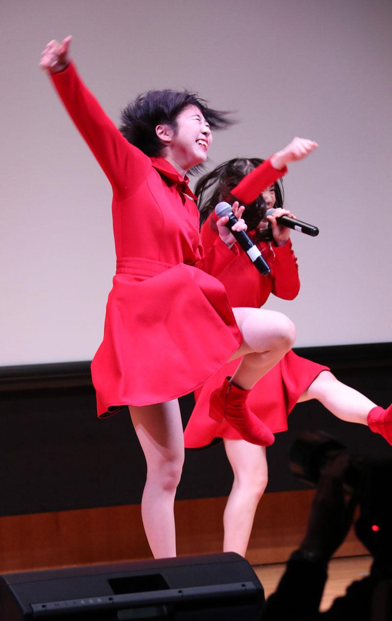 Images : 10番目の画像 - 「九州女子翼/3/24の東京定期をソ―ルドアウトにすべく、3/8からの3日間で6ステージを完遂。渋谷アイドル劇場では50分の持ち時間を使い切り、全9曲、ザ・女子翼のパフォーマンスを披露した」のアルバム - Stereo Sound ONLINE