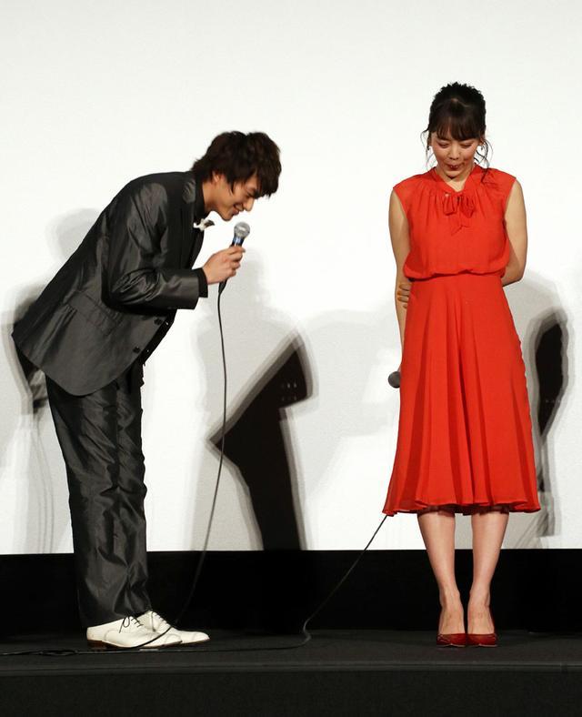 画像4: 伊原六花/初主演ドラマ「明治東京恋伽」の完成披露開催。「原作の世界観をそのまま映像化しています、たくさんの方に愛してほしい」