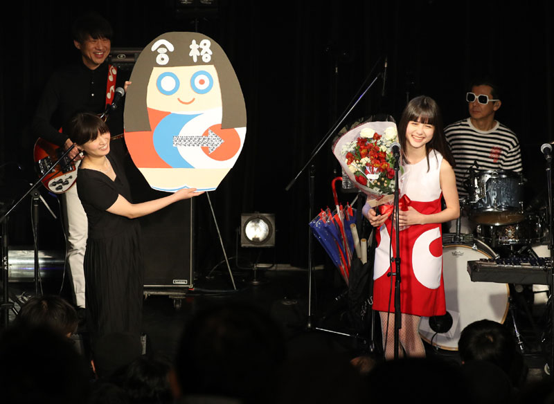 Images : 2番目の画像 - 「SOLEIL(ソレイユ)/祝、高校合格! 待望の活動再開ステージで、春の東京に桃源郷の桜咲く。東名阪ツアーも開催決定、7月にはサード・アルバムもリリース」のアルバム - Stereo Sound ONLINE