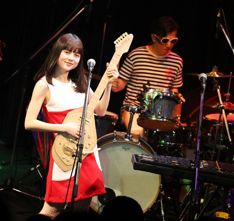 Images : 22番目の画像 - 「SOLEIL(ソレイユ)/祝、高校合格! 待望の活動再開ステージで、春の東京に桃源郷の桜咲く。東名阪ツアーも開催決定、7月にはサード・アルバムもリリース」のアルバム - Stereo Sound ONLINE