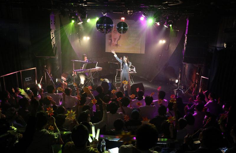 Images : 19番目の画像 - 「WHY@DOLL/浦谷はるなが誕生日当日にバースデーライヴを開催。ピアノだけをバックに、ヴォーカリストしての進境を示す」のアルバム - Stereo Sound ONLINE