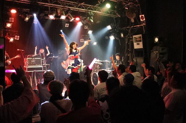 画像2: ミライスカートバンド/初東京ワンマン公演が大成功。5人一体となった白熱のステージでオーディエンスを魅了