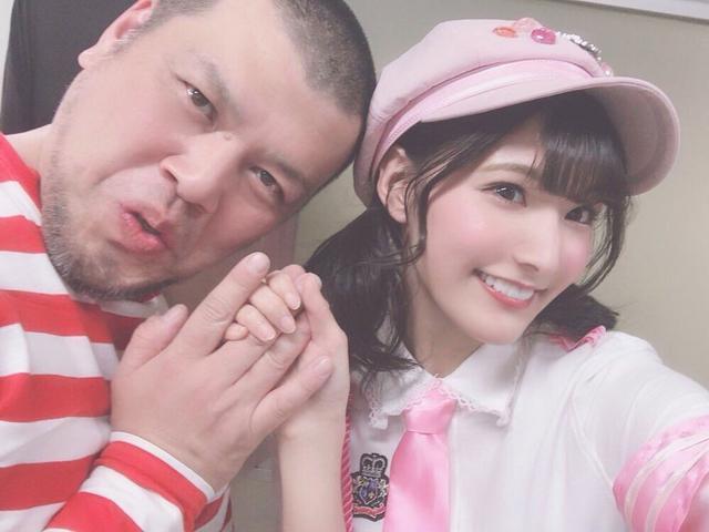 """画像3: """"ピンク""""こと彩川ひなのが、ルミネtheよしもとに初登場!!"""