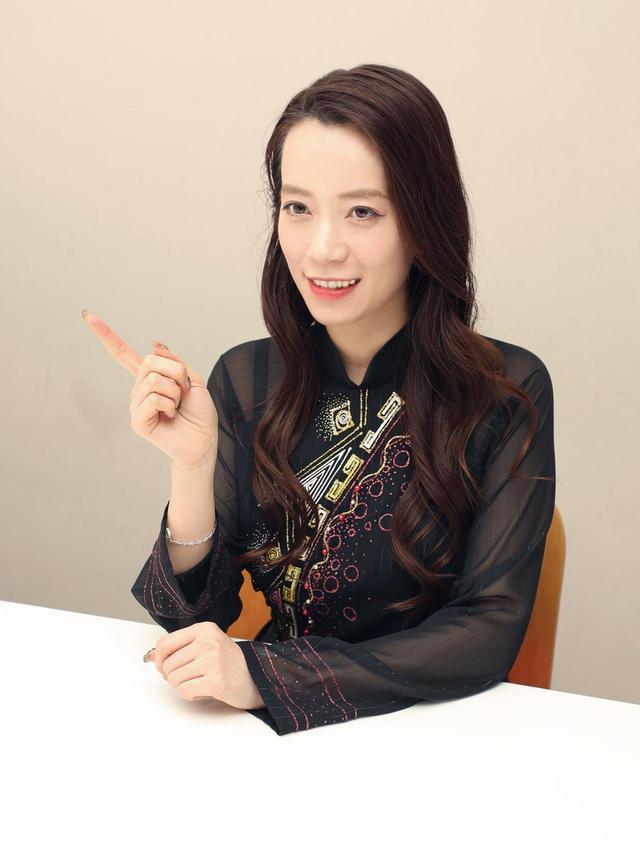 画像3: フォンチー/越南・日の親善大使になりたい!  自らのルーツを活かして女優・MCとして活躍中。4/24には出演舞台「ベター半分」も上演開始