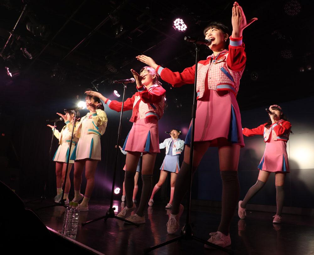 Images : 1番目の画像 - 「ハコイリムスメ/依田彩花、山本花奈を新メンバーに迎え、第5期発足。ロックンロール調の新オリジナル曲「キス取りゲーム」も披露」のアルバム - Stereo Sound ONLINE