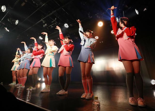 画像3: ハコイリムスメ/依田彩花、山本花奈を新メンバーに迎え、第5期発足。ロックンロール調の新オリジナル曲「キス取りゲーム」も披露