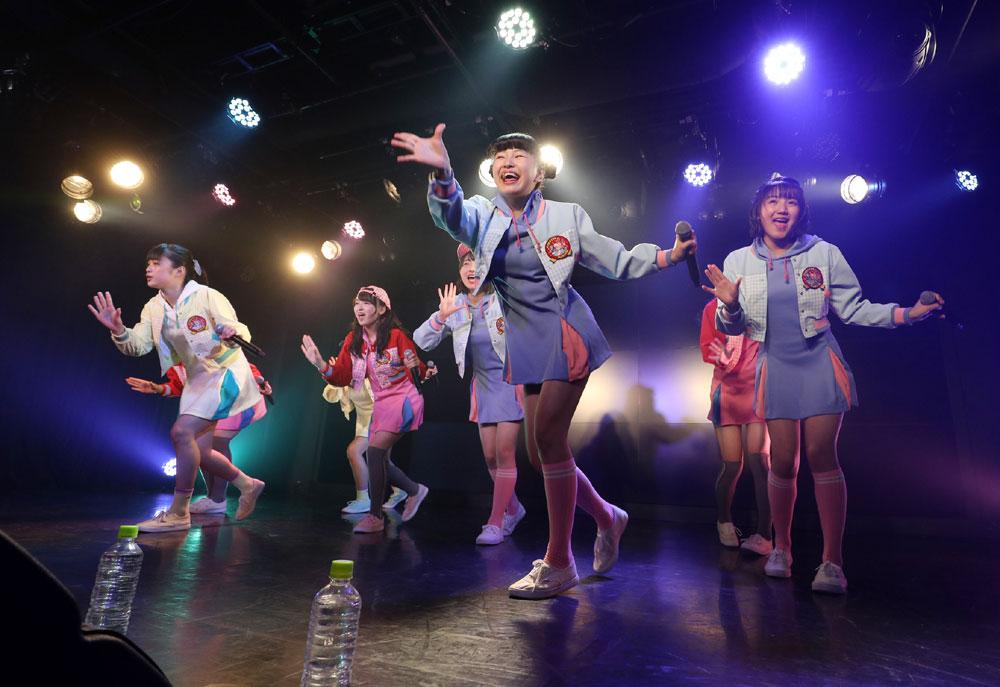 Images : 32番目の画像 - 「ハコイリムスメ/依田彩花、山本花奈を新メンバーに迎え、第5期発足。ロックンロール調の新オリジナル曲「キス取りゲーム」も披露」のアルバム - Stereo Sound ONLINE