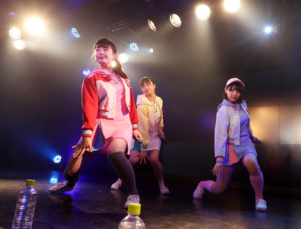 Images : 29番目の画像 - 「ハコイリムスメ/依田彩花、山本花奈を新メンバーに迎え、第5期発足。ロックンロール調の新オリジナル曲「キス取りゲーム」も披露」のアルバム - Stereo Sound ONLINE
