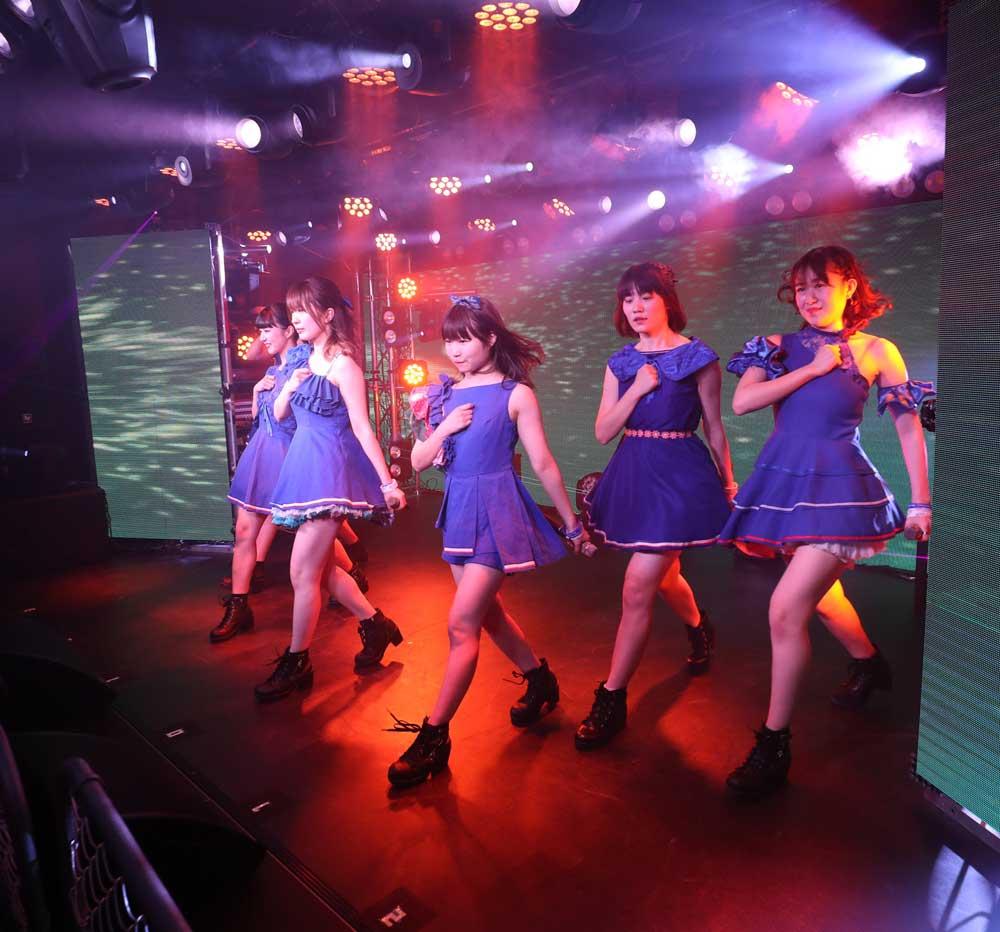 Images : 14番目の画像 - 「Perfo★ism/3周年記念ライブを盛大に挙行! 目標でもある動員100人も達成!! そして研修生さあやが正規メンバーに昇格!!!」のアルバム - Stereo Sound ONLINE