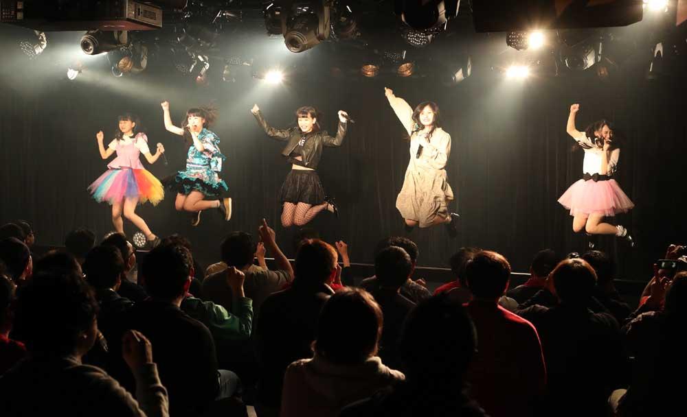 Images : 17番目の画像 - 「九州女子翼/東京定期で新曲披露。前回を大幅にアップデートする、圧倒的な進化を果たしたパフォーマンスで会場のオーディエンスを熱狂させた」のアルバム - Stereo Sound ONLINE