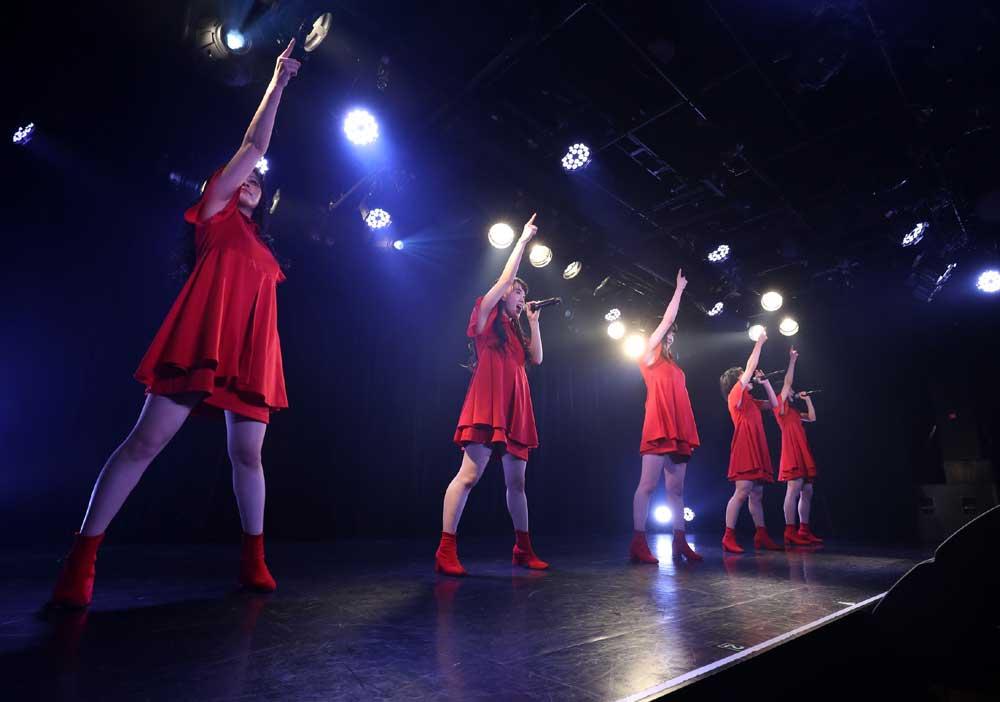 Images : 33番目の画像 - 「九州女子翼/東京定期で新曲披露。前回を大幅にアップデートする、圧倒的な進化を果たしたパフォーマンスで会場のオーディエンスを熱狂させた」のアルバム - Stereo Sound ONLINE