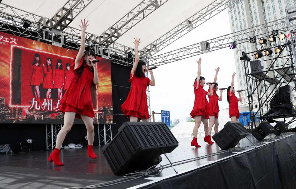 画像2: 九州女子翼/お台場に響き渡る咆哮。肉フェスステージで渾身のパフォーマンスを披露