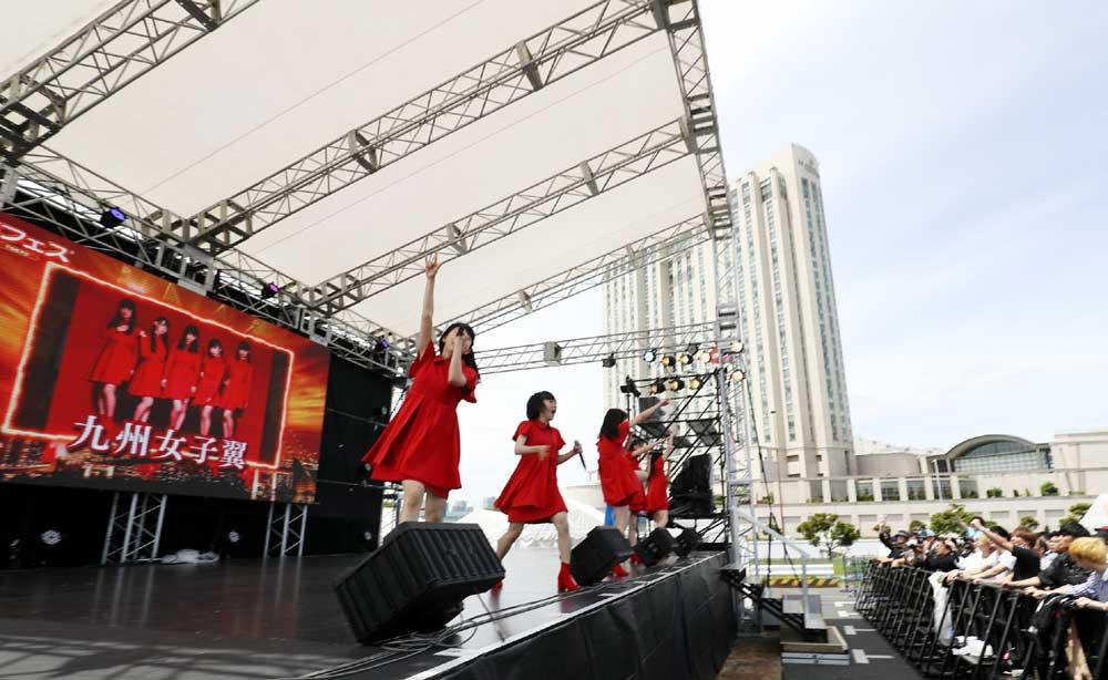 Images : 17番目の画像 - 「九州女子翼/お台場に響き渡る咆哮。肉フェスステージで渾身のパフォーマンスを披露」のアルバム - Stereo Sound ONLINE