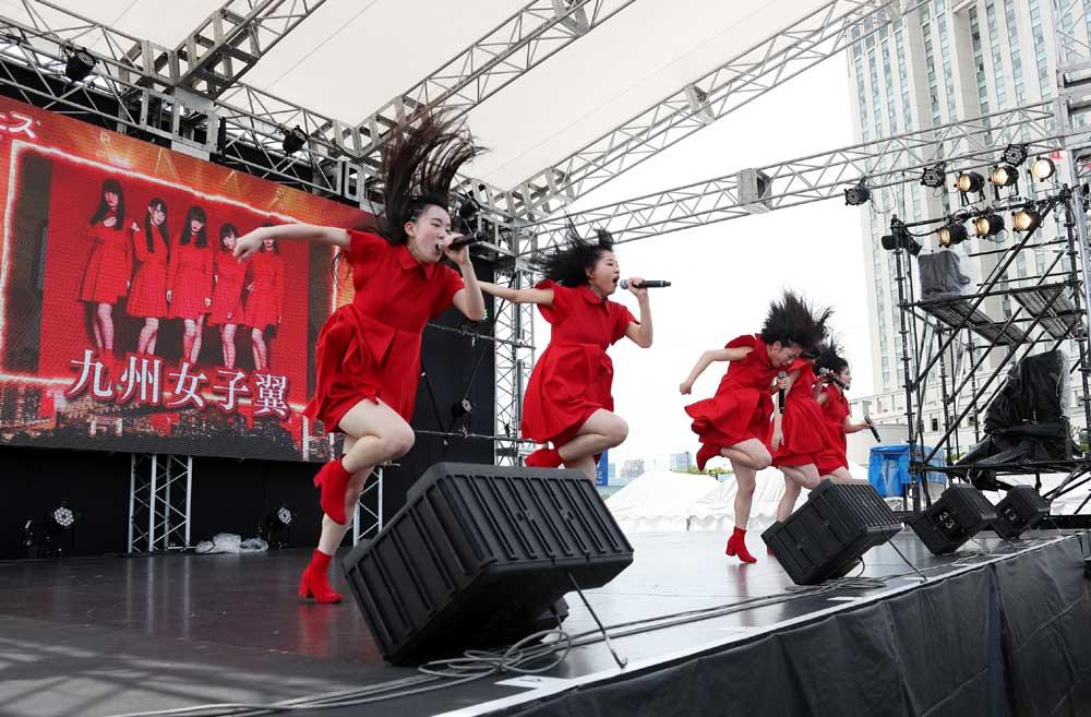 Images : 21番目の画像 - 「九州女子翼/お台場に響き渡る咆哮。肉フェスステージで渾身のパフォーマンスを披露」のアルバム - Stereo Sound ONLINE