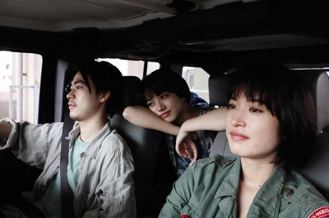 画像1: 音楽好き必見、小松菜奈と門脇麦の歌声がたっぷり聴ける映画『さよならくちびる』(5月31日公開)の魅力に迫る