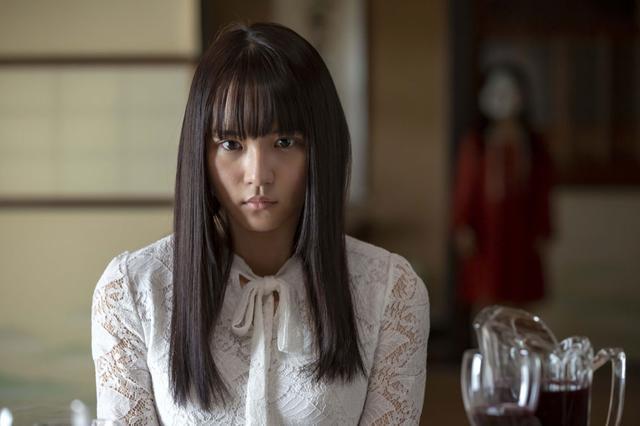画像2: 浅川梨奈/主演ホラー「黒い乙女Q」5月31日に公開。「こんなにもすべてを疑わないといけない作品は初めてです。各所に張り巡らされた伏線、そして驚愕のラスト。そのすべてを堪能してほしい」