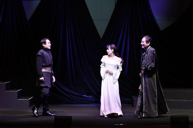 画像3: 音楽劇「ハムレット」/シェイクスピアの古典的名作と、歌舞伎の驚くべき融合。東京・天空博劇場にて25日まで上演中