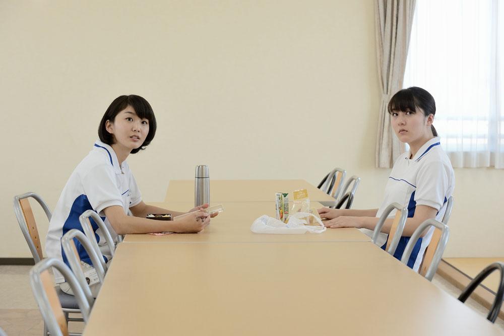 画像3: 映画「歩けない僕らは」で主人公に気付きを与える幸子を演じた堀春菜にインタビュー。「遥にどう影響を与えるかを考えながら攻めの姿勢で演じました」