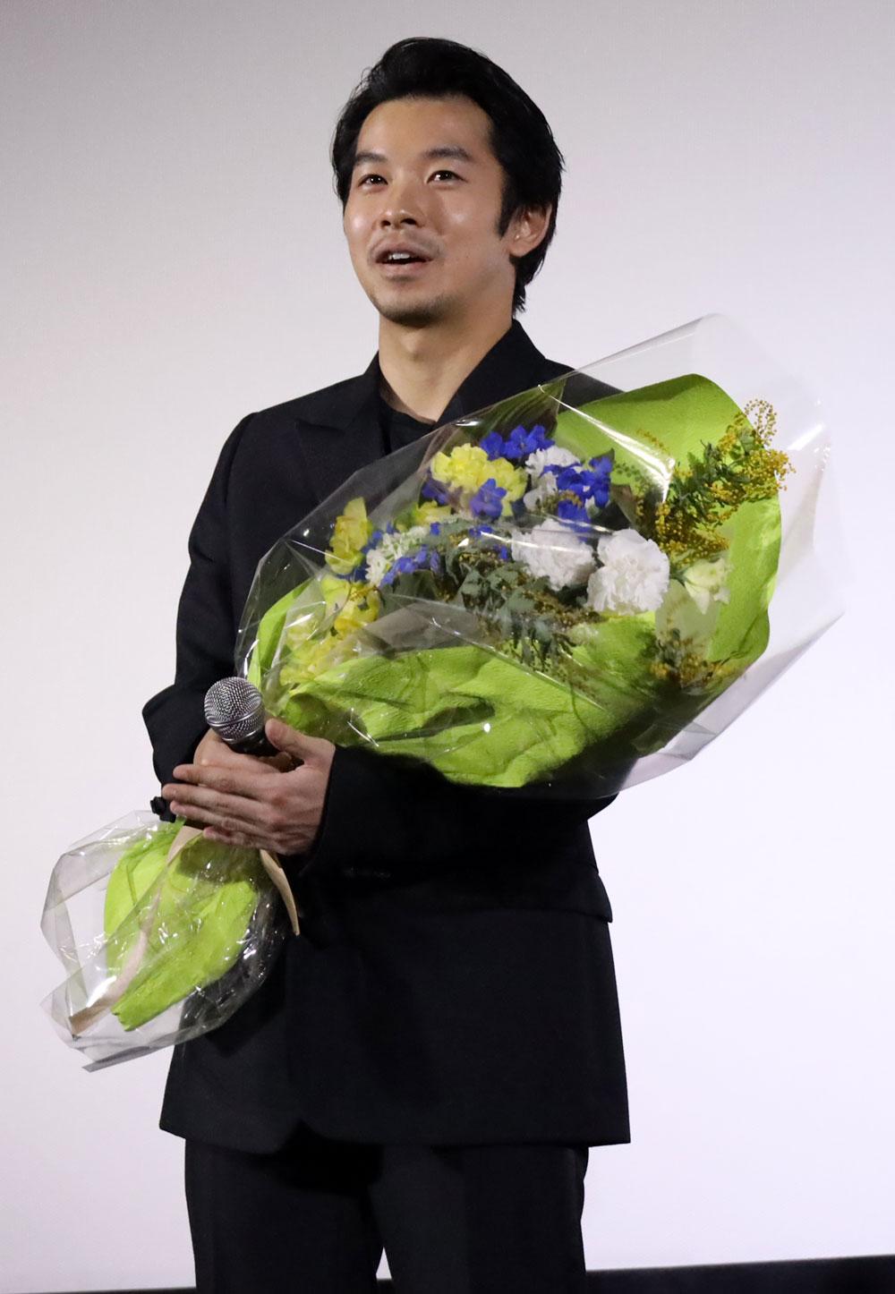 画像6: 仲野太賀&衛藤美彩 ダブル主演の注目作『静かな雨』待望の公開。初の主演作公開に衛藤は「映画の魅力にどっぷりと浸かりました」