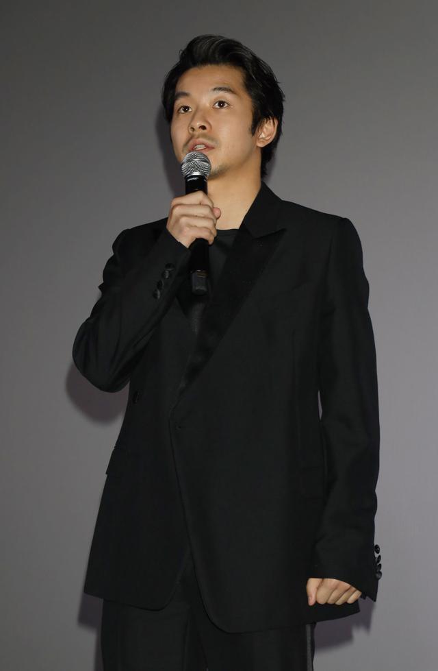 画像3: 仲野太賀&衛藤美彩 ダブル主演の注目作『静かな雨』待望の公開。初の主演作公開に衛藤は「映画の魅力にどっぷりと浸かりました」